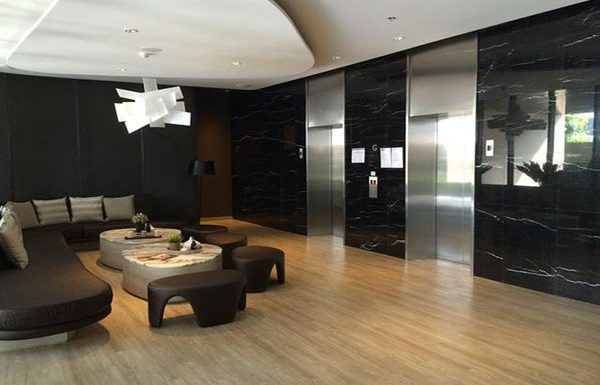 Noble-Revent-Bangkok-condo-for-sale-lobby